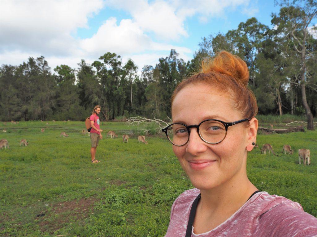 My dva v chráněné oblasti Coombabah Lakelands, Gold Coast, 2020.