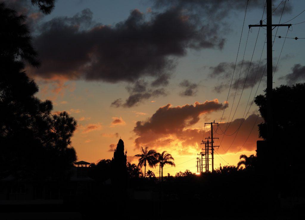 Západ Slunce na Broadbeach Waters, Gold Coast, 2020