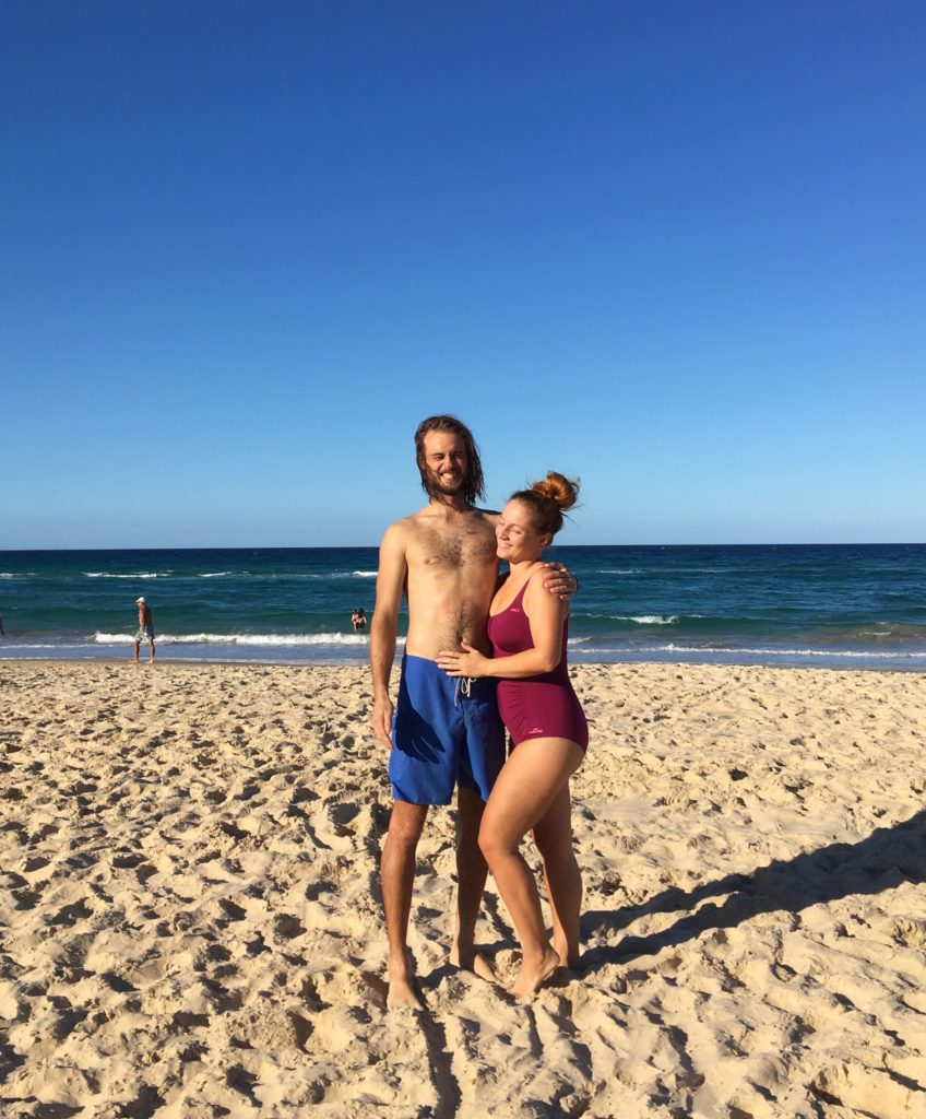 Oba na pláži Broadbeach, Gold Coast, 2020.