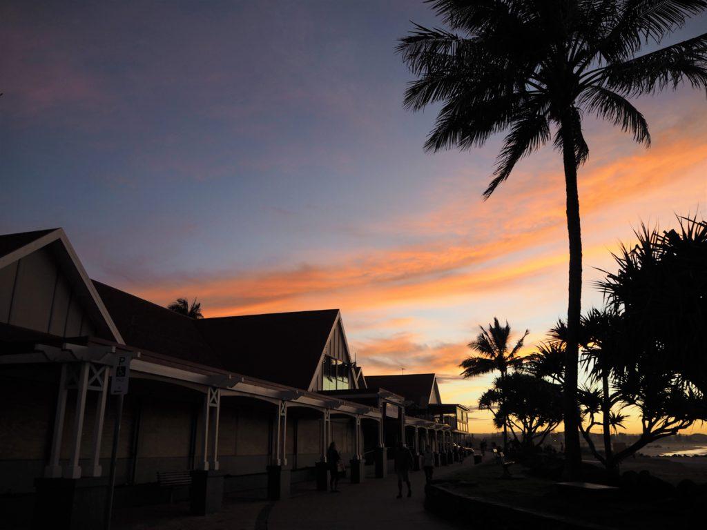 Západ nad Kirra Beach, Gold Coast, 2020